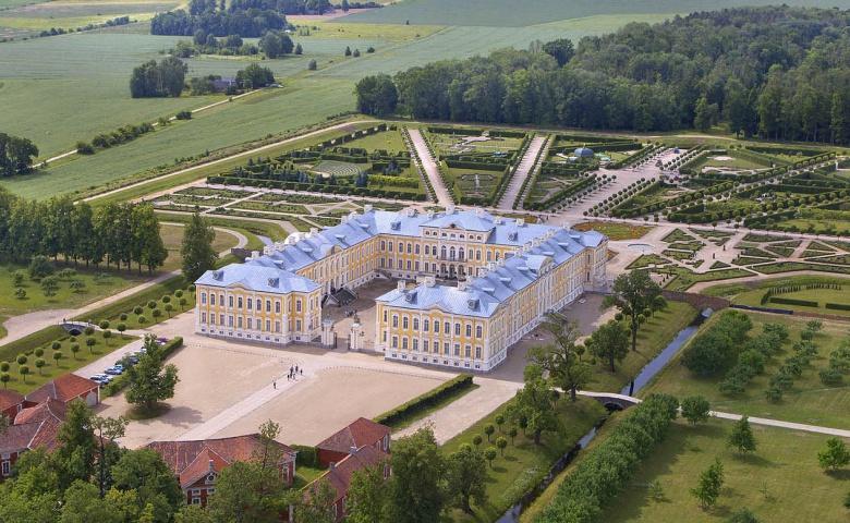 Экскурсия в Рундальский дворец из Риги