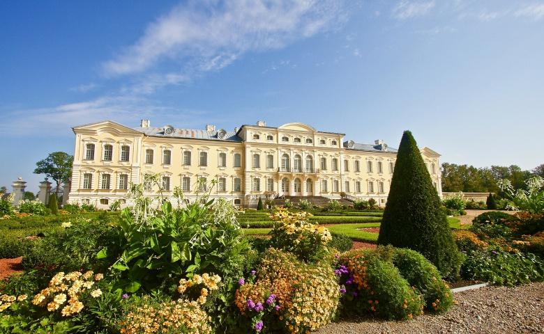 Автомобильная экскурсия из Риги по дворцам и замкам курляндских герцогов