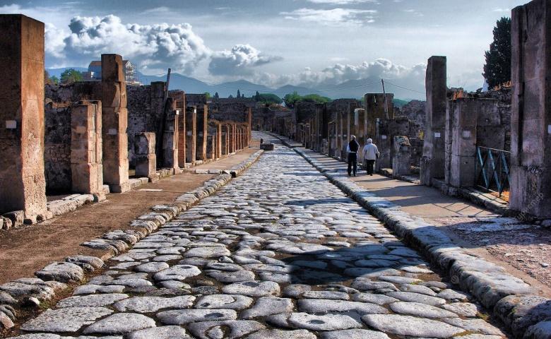 Помпеи — заживо погребенный город