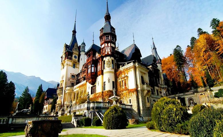 Автомобильная экскурсия в замки Карпат и город Брашов из Бухареста