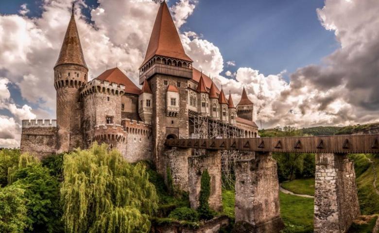 Автомобильная экскурсия из Бухареста по местам Дракулы