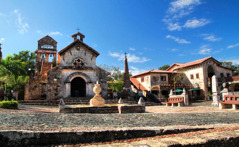 Альтос де чавон и остров каталиа. Доминиканская Республика.