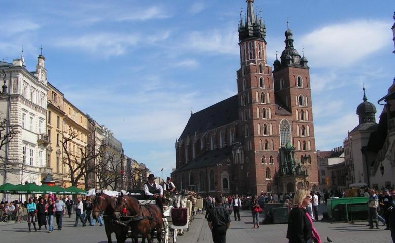 Пешеходная экскурсия по Королевскому тракту и еврейскому кварталу Кракова с выездом из Вроцлава