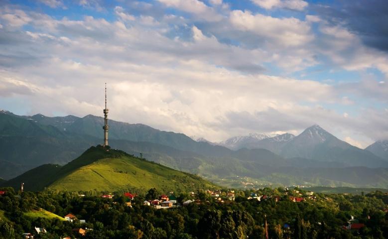 Автомобильная экскурсия из Алматы в Тян-Шанские горы