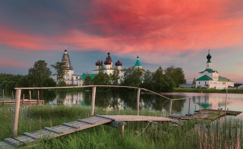 Экскурсия в Свято-Троицкий Антониево-Сийский монастырь