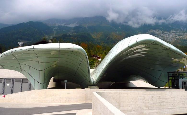 Инсбрук с высоты птичьего полета и альпийский Зоопарк