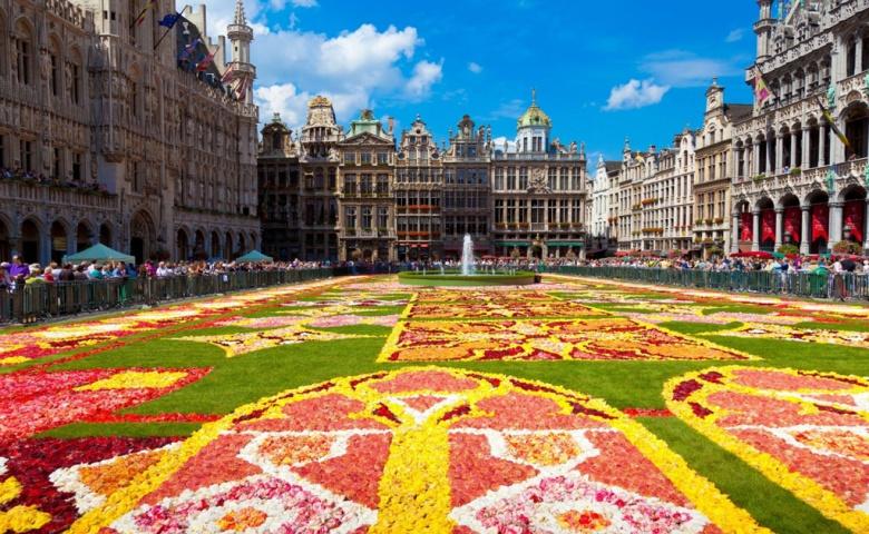Необычайно многогранный Брюссель