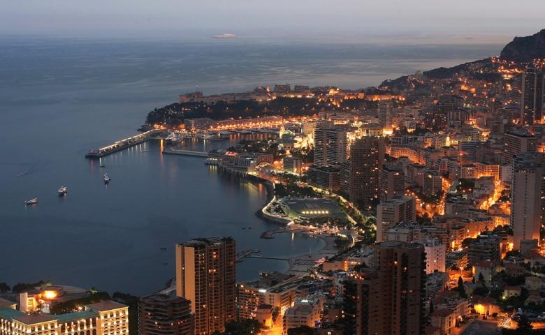 Путешествие в ночную жизнь Монако