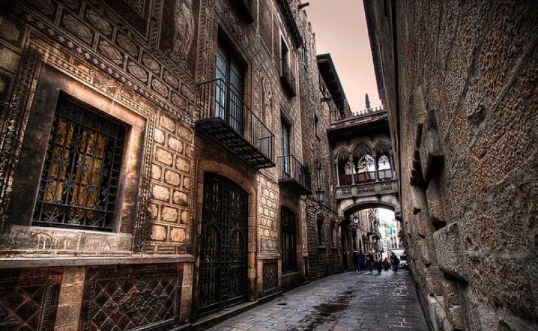 Ознакомительная прогулка по Готическому кварталу Барселоны