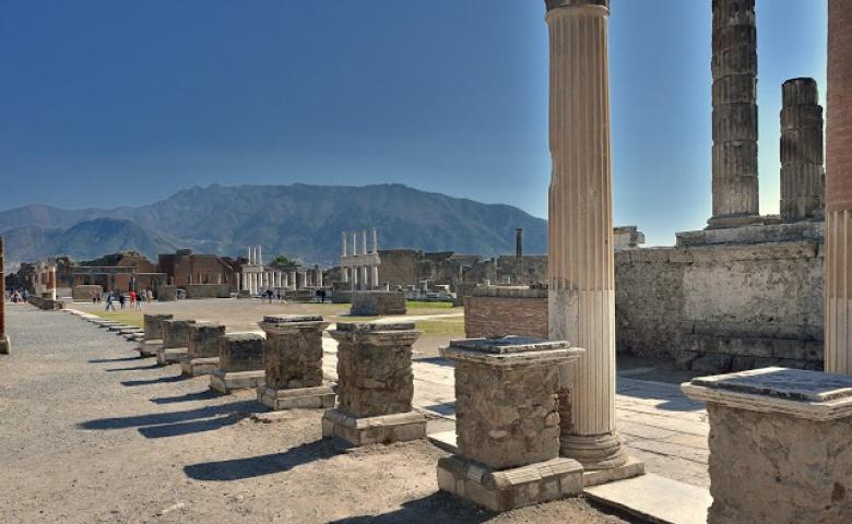 Экскурсия к развалинам Помпеи