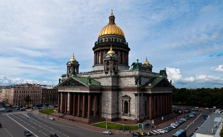 Автомобильная экскурсия по Петербургу