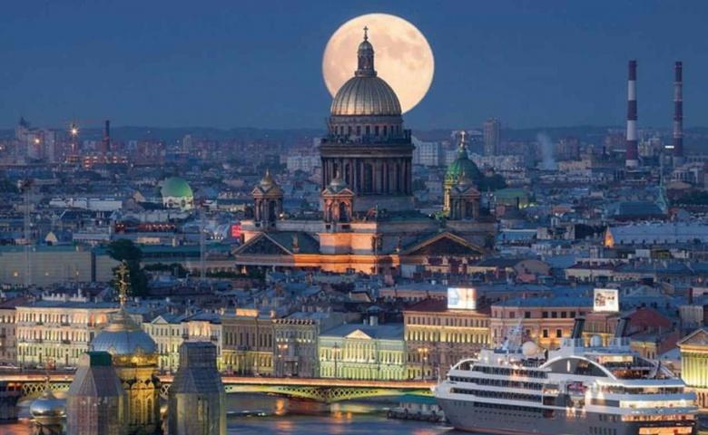 Пешеходная экскурсия по мистическому Петербургу