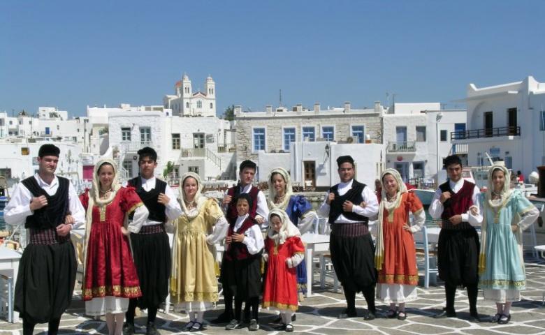 Критский вечер в традиционной деревне
