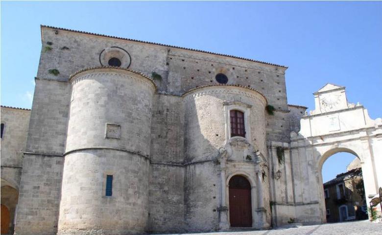 Джераче — средневековый город-ястреб