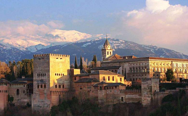 История и памятные места Гранады