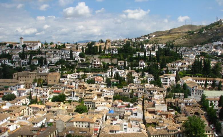 Алькасейрия, капелла и другие достопримечательности Гранады