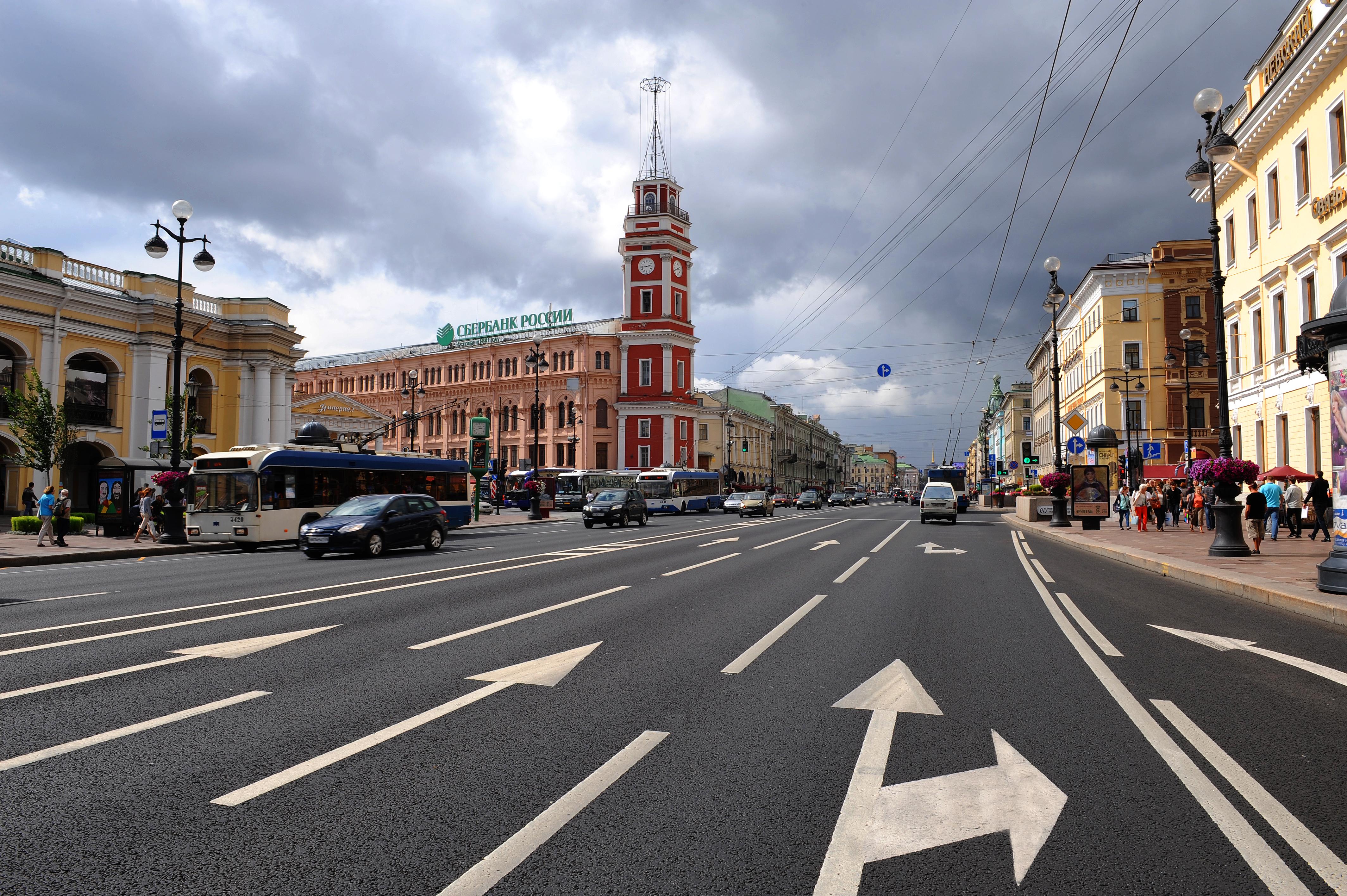 С петербург голые в городе 7 фотография