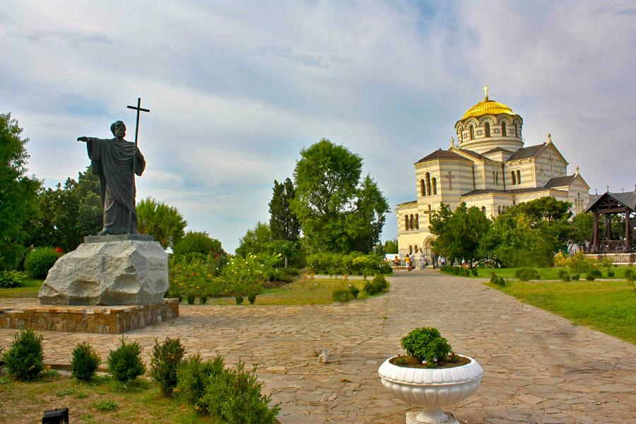 Памятник св владимиру севастополь фото